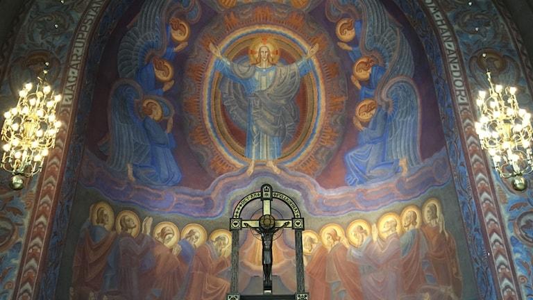 Muralmålning i koret av Albert Eldh.