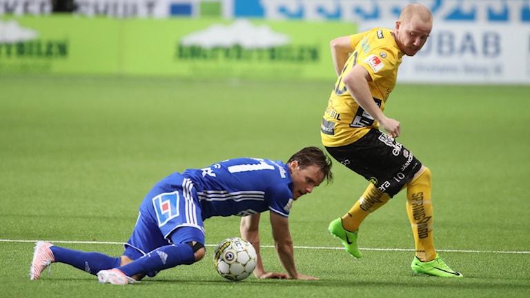 Elfsborgs Simon Lundsvall under förra säsongens hemmamöte med Sundsvall.