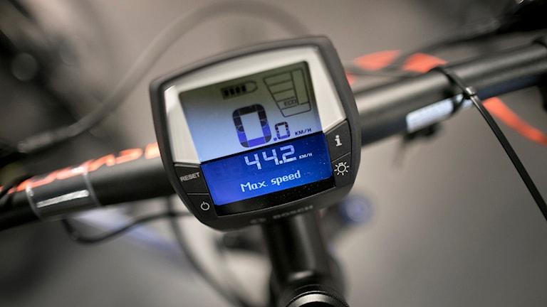 Monitor på elcykel.