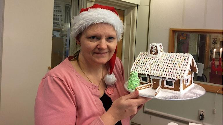 Här är det färdiga pepparkakshuset som Ann Hansson gjort.