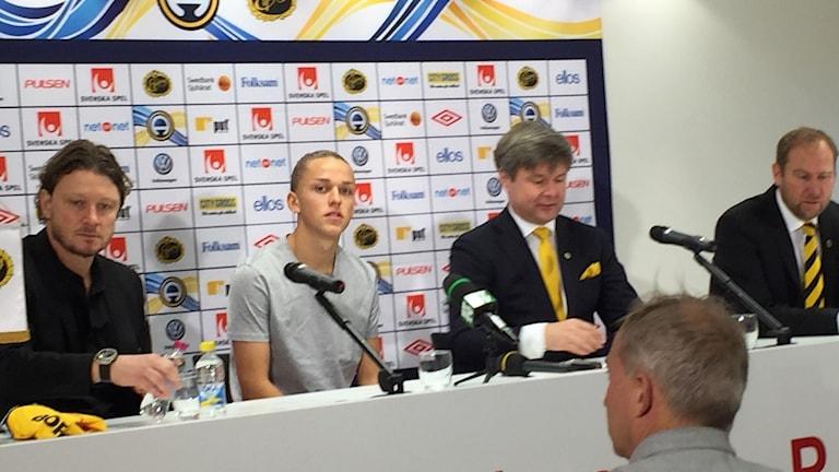 Jesper Karlsson presenteras som ny spelare för If Elfsborg