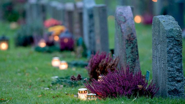 gravstenar alla helgons dag