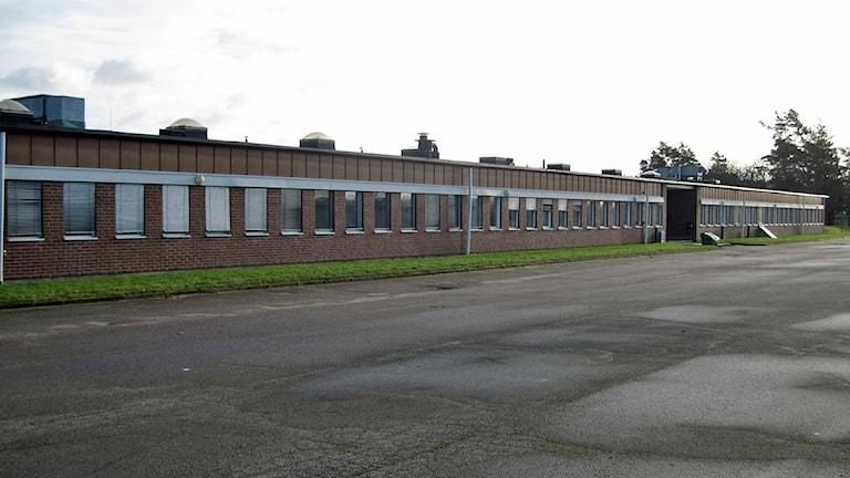 Lyckeskolans skadade delar. Foto: Rebecca Ahlin.