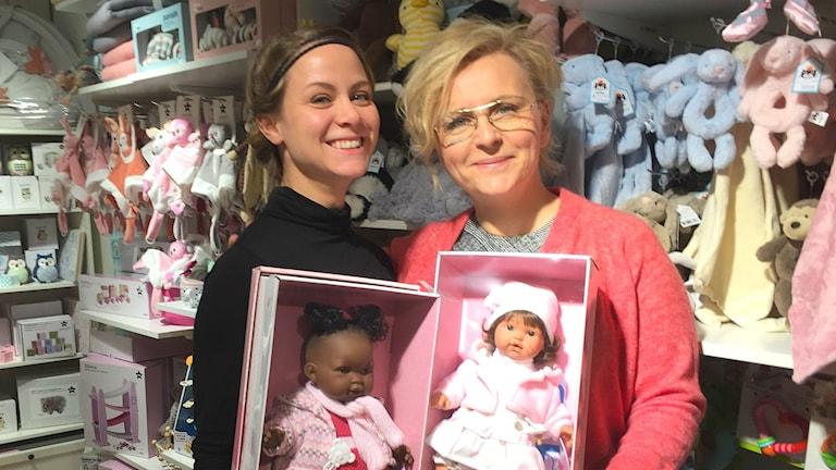 Theodora Larsson och Anna Dahl.
