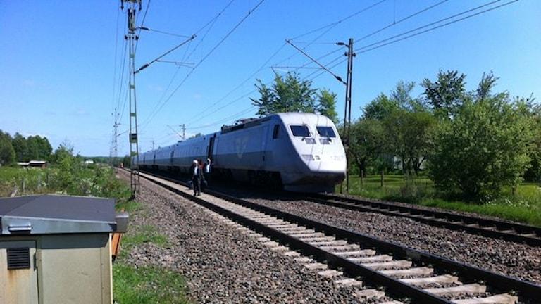 Ett stillastående tåg. Foto: Thomas Gustavsson / SR