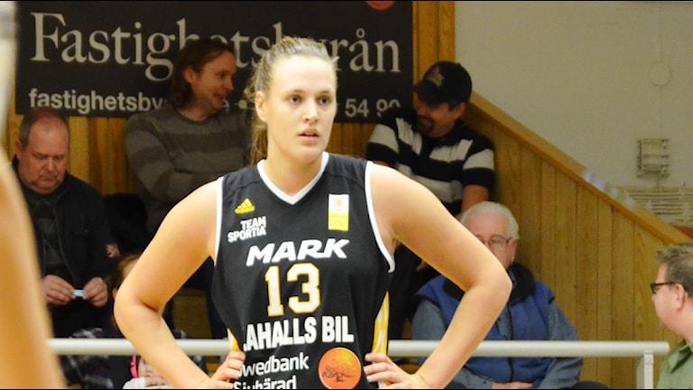 Elin Ljunggren, Mark basket. Foto Kristoffer Lidén.