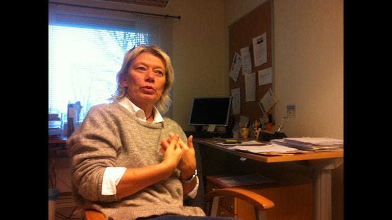 """""""Inget annat val än att hyra in"""", säger Eva-Britt Andersson, individ- och familjeomsorgschef i Svenljunga. Foto: Jenny Hellström"""