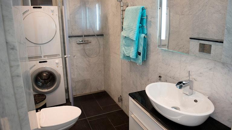 Ett nyrenoverat badrum Foto: Jessica Gow / TT