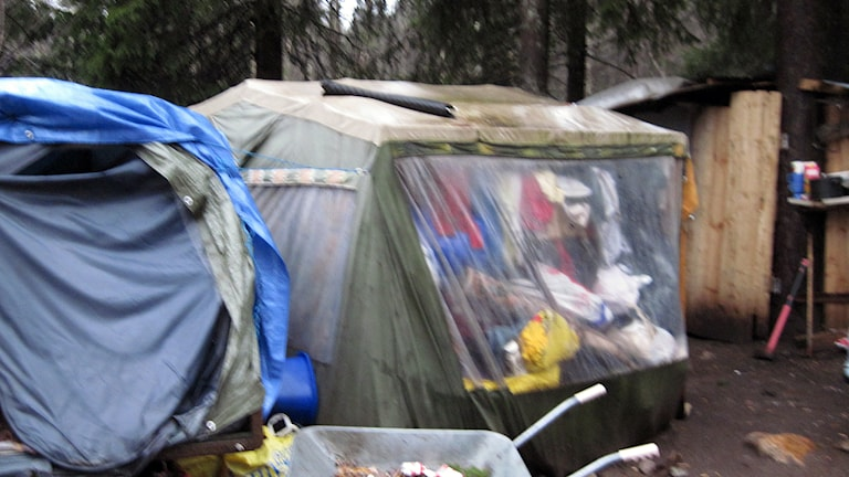 Tälten som används i lägret är också i dåligt skick. Foto: Markus Alfredsson.