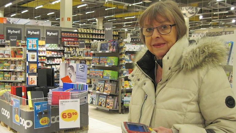 Lena Björkman tycker inte man kan hålla boråsarna ansvariga för att butiker stänger. Foto: Melissa Gustafsson/Sveriges Radio