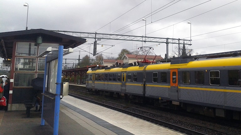 Lokaltåg vid Herrljunga station. Foto: Niclas Odengård.