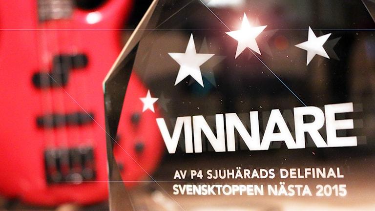 Prisplaketten för årets vinnare i Svensktoppen nästa. Foto: Niclas Odengård.