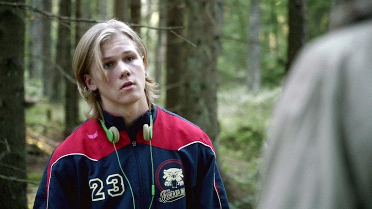 "Gustaf Petersson i rollen som Jesper Wallin i SVT:s ""Ängelby"". Foto: SVT."