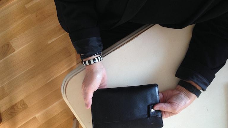"""""""Lena"""" utsattes för bedrägeri. Foto: Magdalena Brander/SR"""
