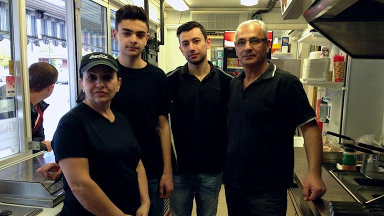 Rima, Charbeel, Joseph och Elia Ghazali. Foto: Sofia Kristiansen/SR