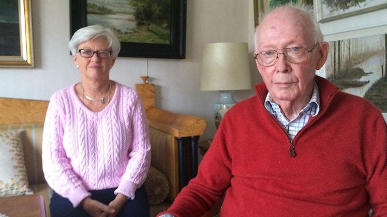 Sven Hansson och hans dotter Lena Löfström. Foto: Melissa Gustafsson/SR