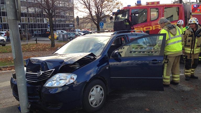 Trafikolycka Katrinedalsgatan Åsboholmsgatan Foto: Anton Svensson/SR