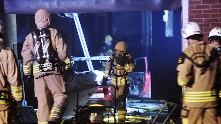 Brand i bilverkstad, Sjöbo, Borås. Foto: Joakim Eriksson/Agena Foto