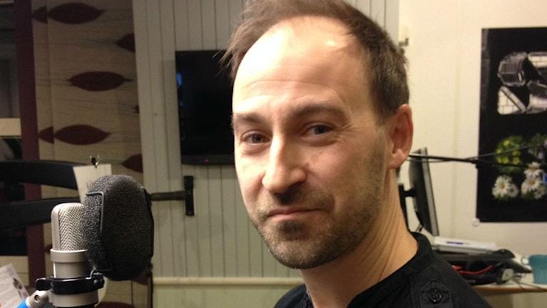 Johan Eklöf, fladdermusexpert. Foto: Karin Ivarsson / SR