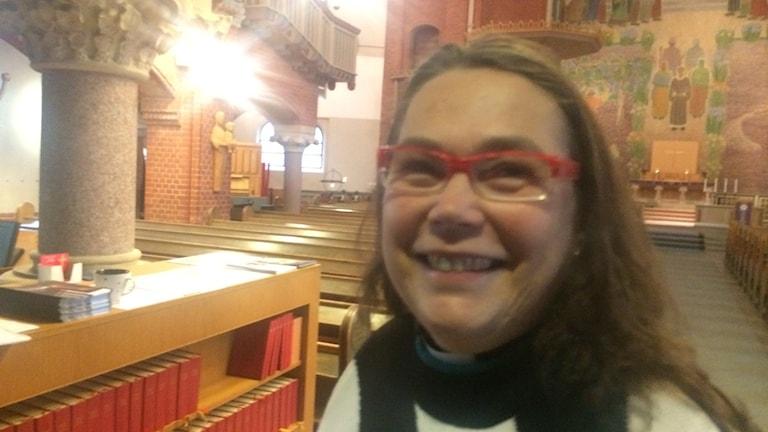 Annika Larsson, präst i Gustaf Adolfs församling i Borås. Foto: Mikael Olmås