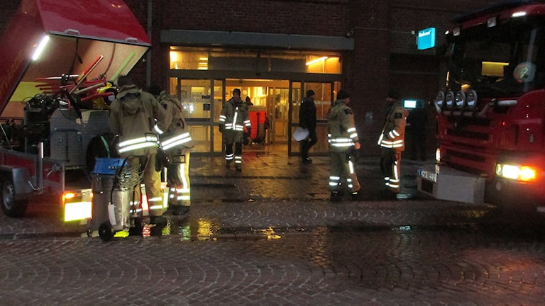 Sprinklersystemet löste ut tidigt på måndagsmorgonen. Foto: Pär Sandin, Sveriges Radio.