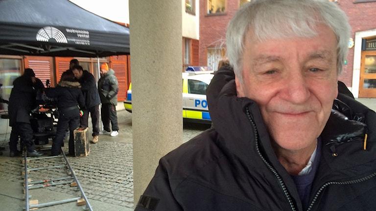 Colin Nutley trivs som fisken i vattnet i Ulricehamn. Foto: Niclas Odengård/SR