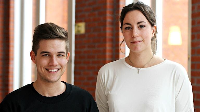 Mårten Roslund och Hanna Lidström tar över som språkrör i Miljöpartiets ungdomsförbund Grön ungdom. Duon valdes vid förbundets riksårsmöte i Borås på lördagen Foto: Grön Ungdom