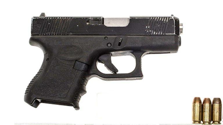 Pistol och patroner