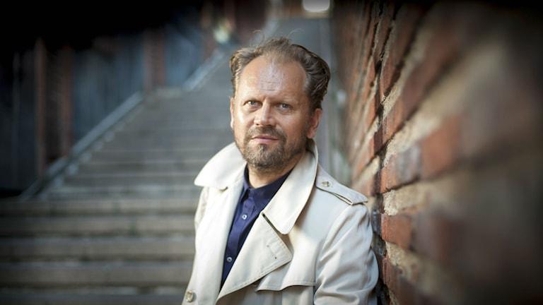 Stefan Lindberg vid Palmemördarens flyktväg. Foto: Fredrik Hjerling