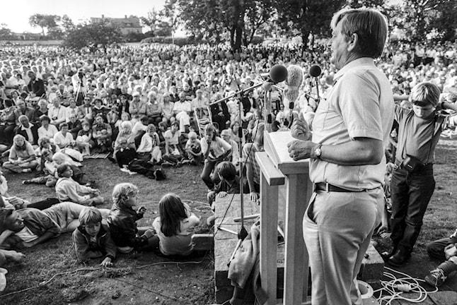 Olof Palme under sitt sommartal i Almedalen 31:a juli 1981.