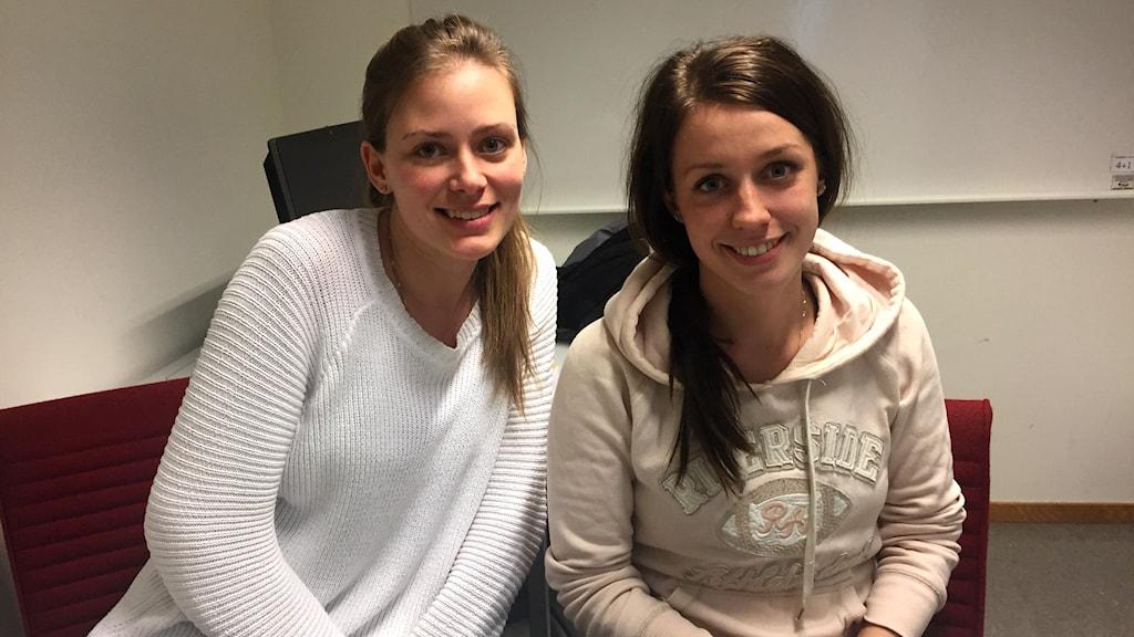 Lärarstudenterna Sandra Karlsson och Jannike Vester