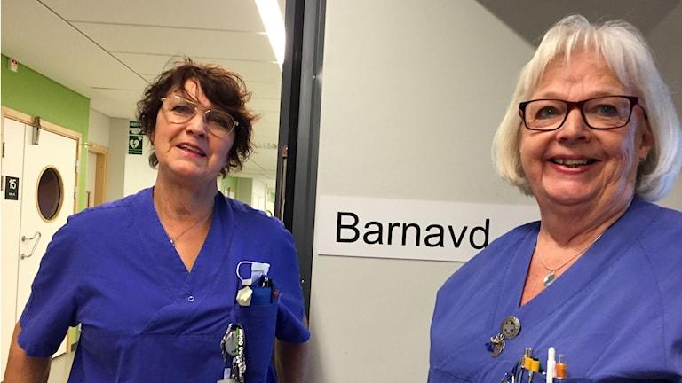 Inger Hellman och Ann-Marie Karlsson, undersköterskor på SÄS som jobbar efter pensionen.