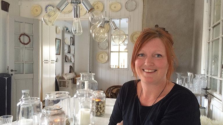 Johanna Gashi Flyckt Stylist från Rydboholm.