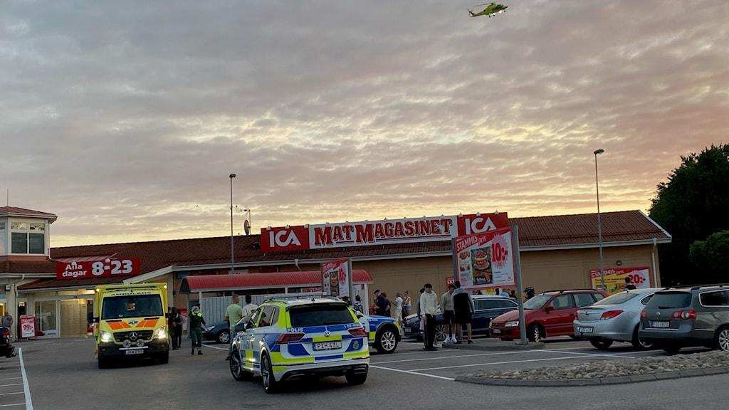 Bild på polispatruller Vårgårda.