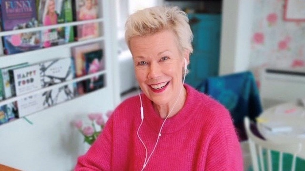 Marie Öholm är en av dem som svarar i Coronaluren.