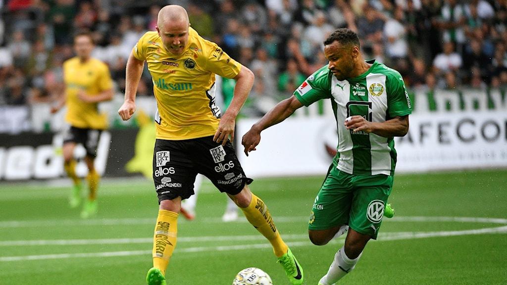 Elfsborgs Simon Lundevall under förra årets bortamöte med Hammarby.