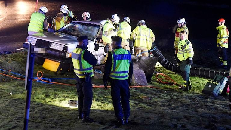 En man i 20-års åldern skadades i en singelolycka i Fotskäl.