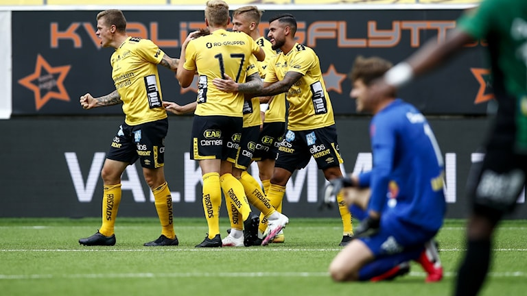 Elfsborgsjubel efter att laget gjort mål i matchen mot Varberg.