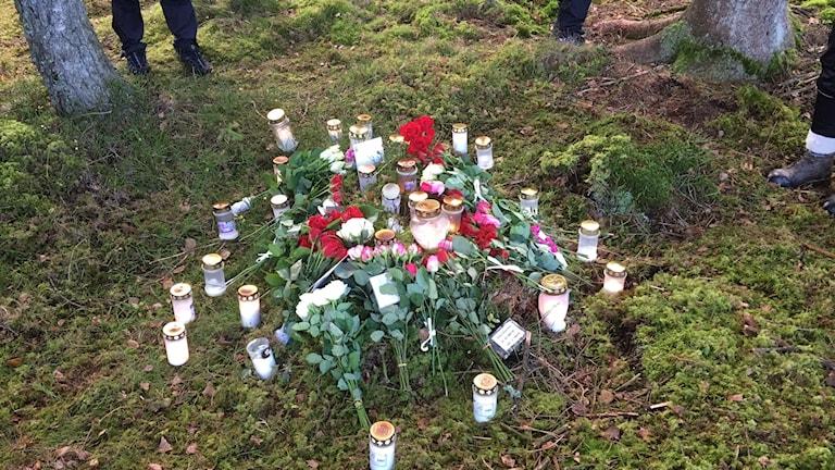 Minnesplats för den döda kvinnan på Lassalyckan