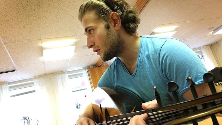 Suhaib Shhab spelar awd.