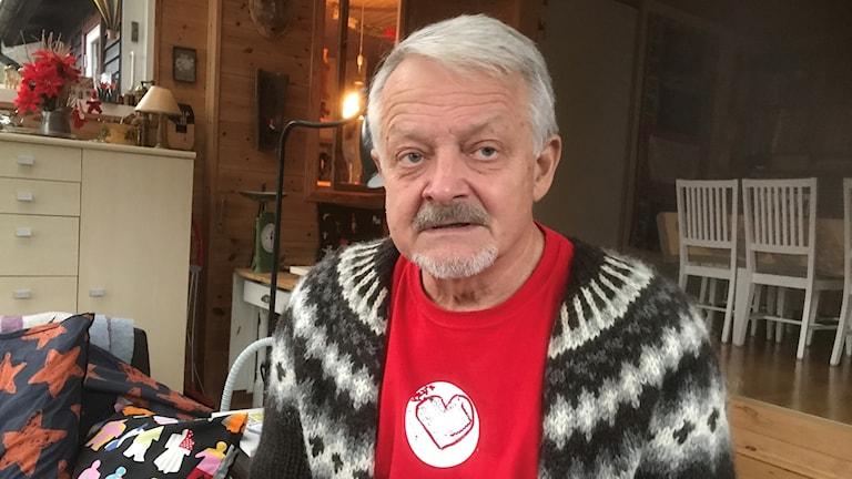 Bertil Hagström, läkare från Horred, varnar för skenande vårdkostnader.