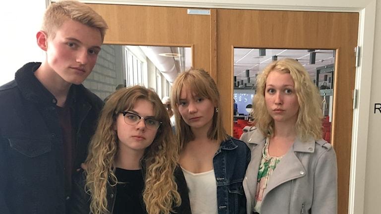 Hugo Mellstedt Felicia Udd Frida Bodenheim Lisa Lundh Teaterelever åk 2, Bäckängsgymnasiet
