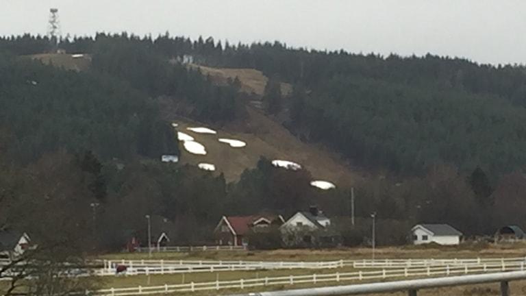 Slalombacken i Ulricehamn får konkurrens av kommunala anläggningar.