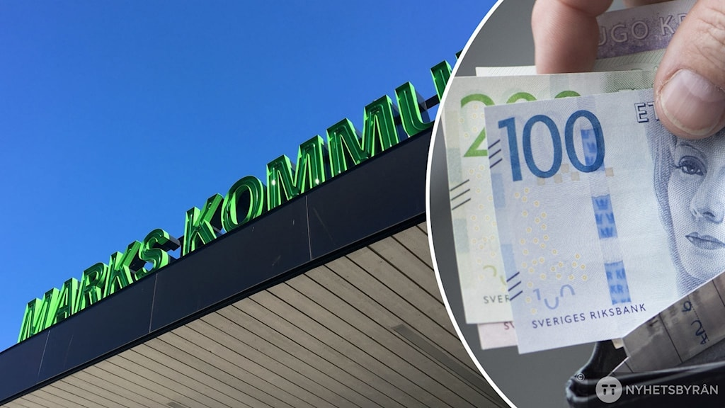 Svenska sedlar med kommunhuset i Mark som bakgrund.