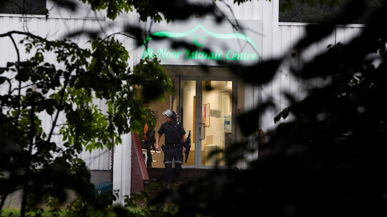 Bild på den moské i Norge som attackerades under lördagen.