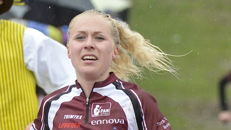 Orienteringslöparen Maja Alm smygfilmades av ledare