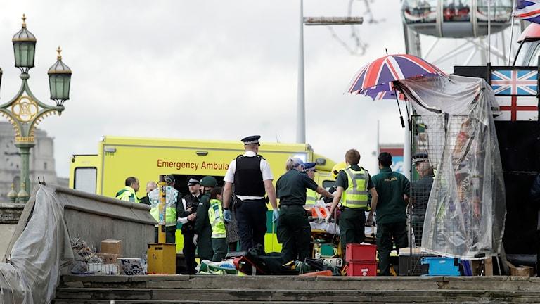 London, misstänkt terrordåd utanför Parlamentet i London.