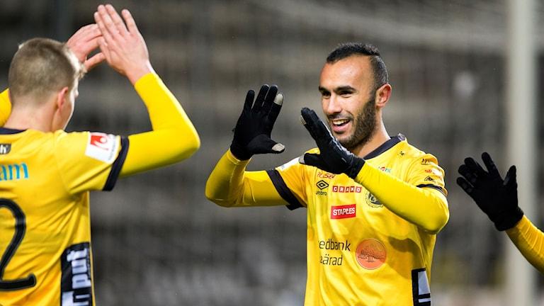 Issam Jebali jublar efter att ha gjort mål mot Örebro i höstas.