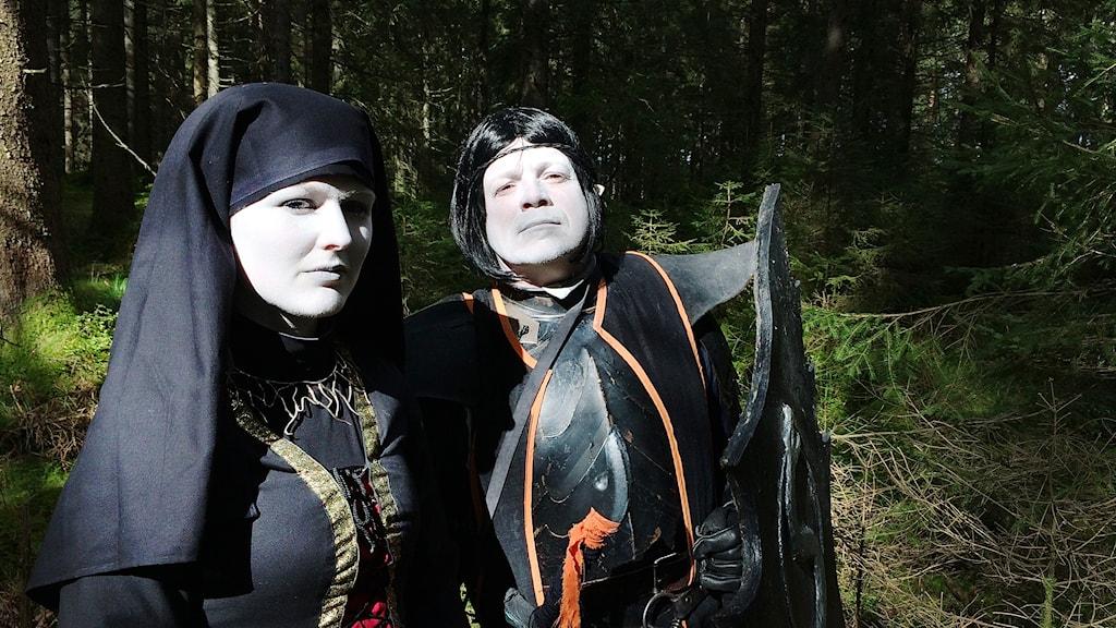 Kim Engstrand Lund och Peter Nielsen som mörkalver.