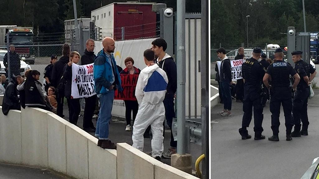 Aktivister med skyltar och poliser utanför slakteriet i Dalsjöfors.